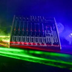 DJ – Licht & Geluid